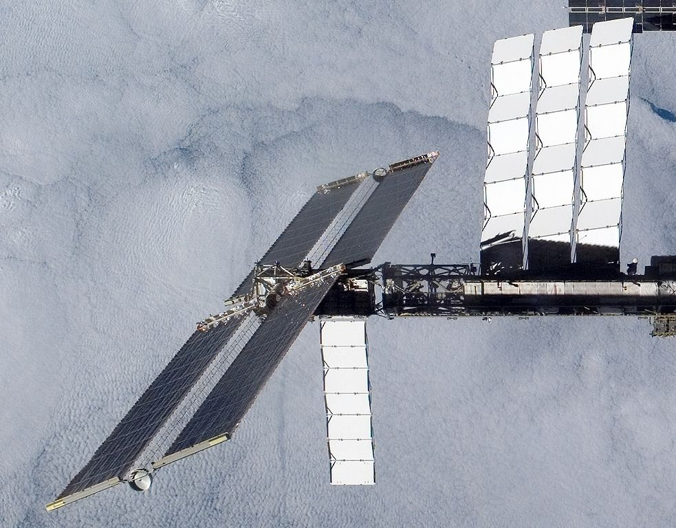 983px-Panels_and_Radiators_on_ISS_after_STS-120